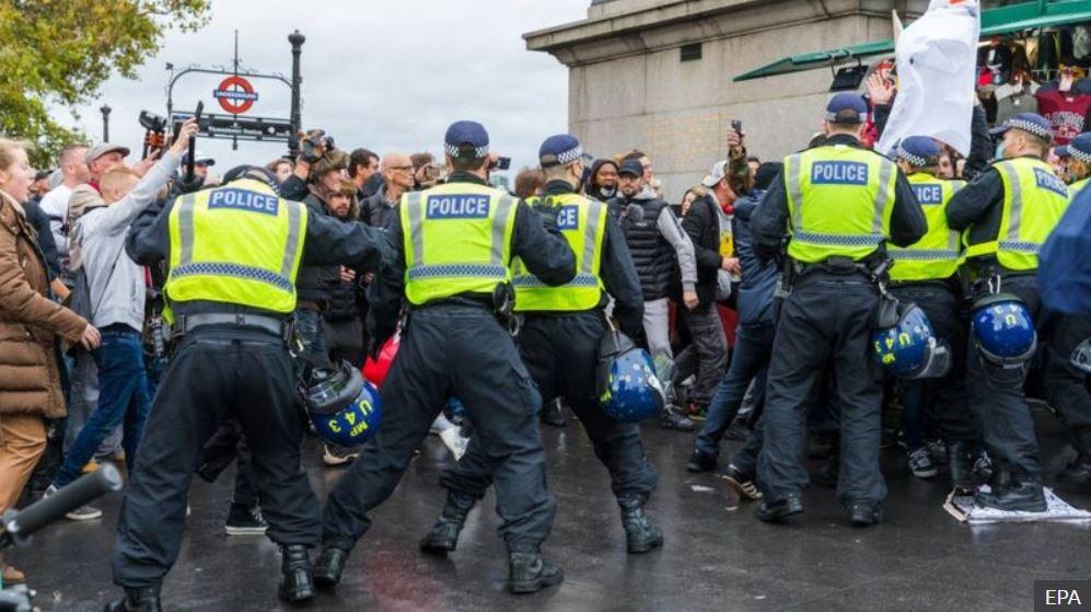 احتجاج ضد الإغلاق في لندن