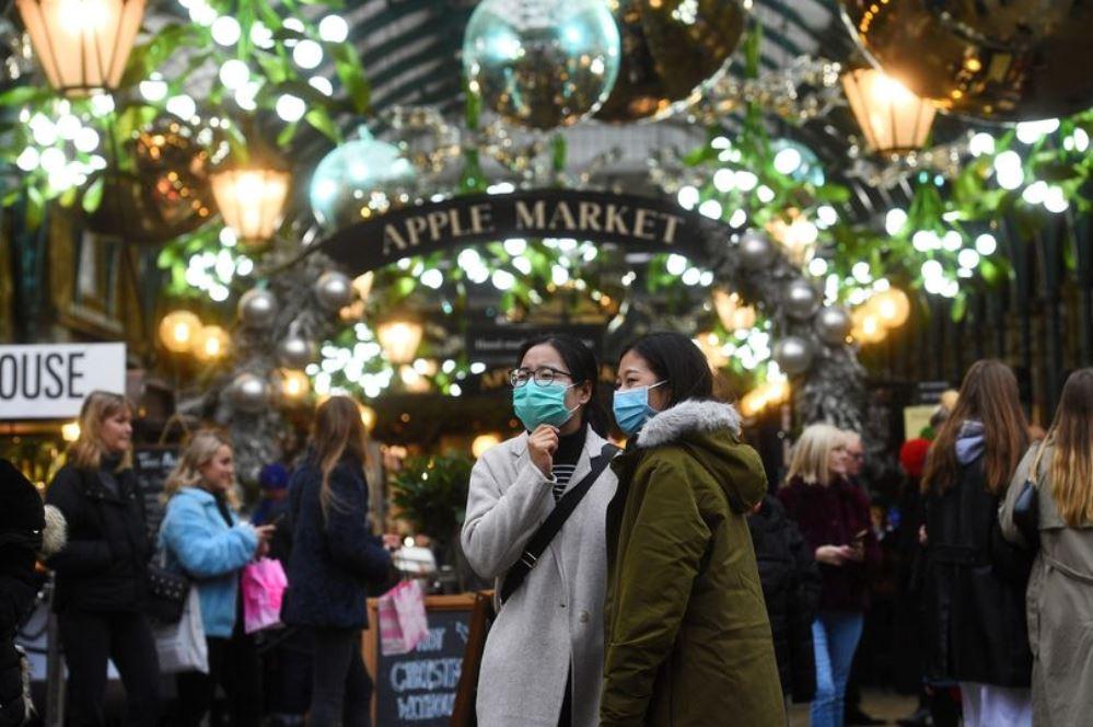 بوريس جونسون يُعلن قواعد جديدة في لندن بسبب سلالة كورونا الجديدة
