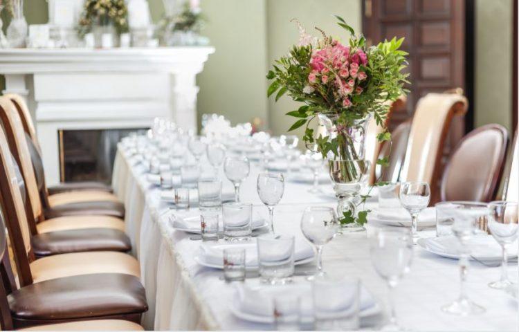 آداب المائدة في إنجلترا